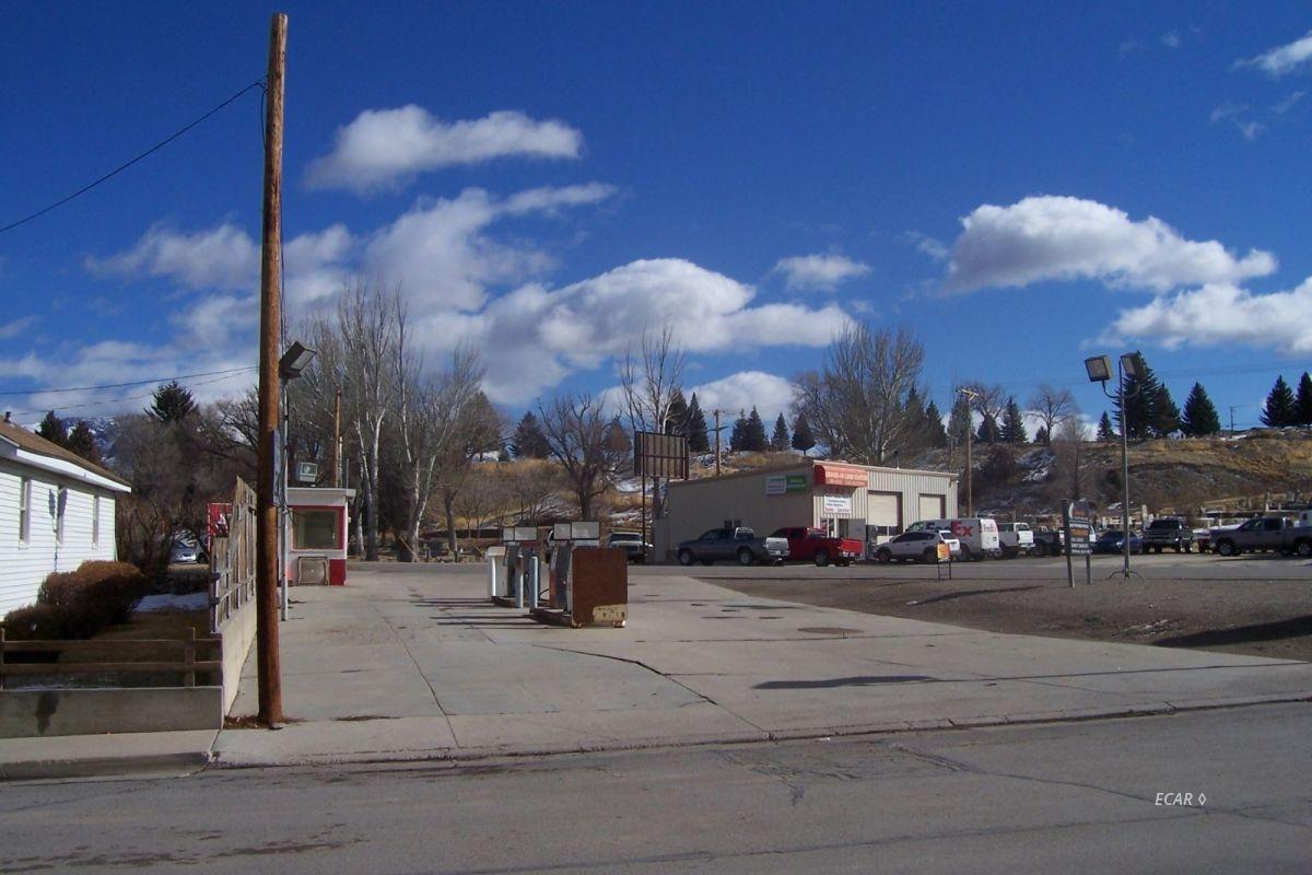 1700 Aultman Street Property Photo 7