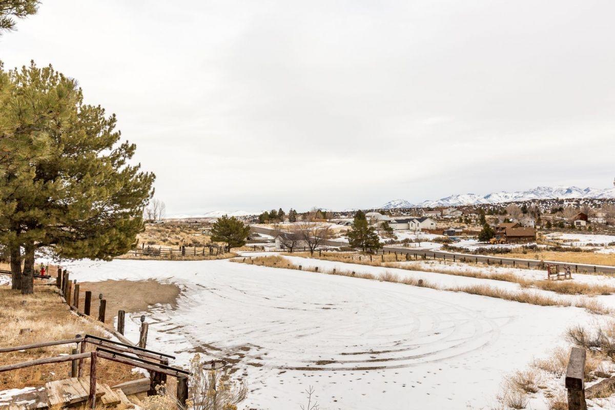 441 Spring Creek Parkway Property Photo 38