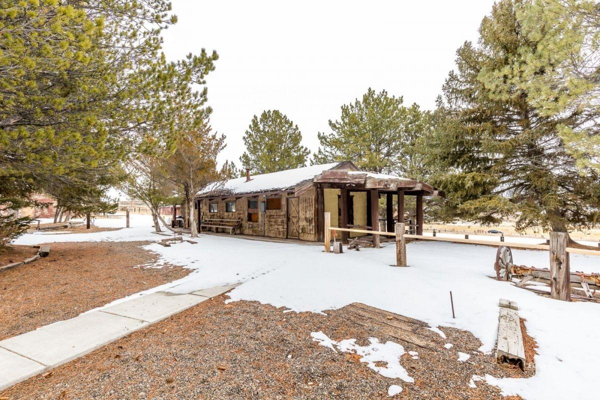 441 Spring Creek Parkway Property Photo 39