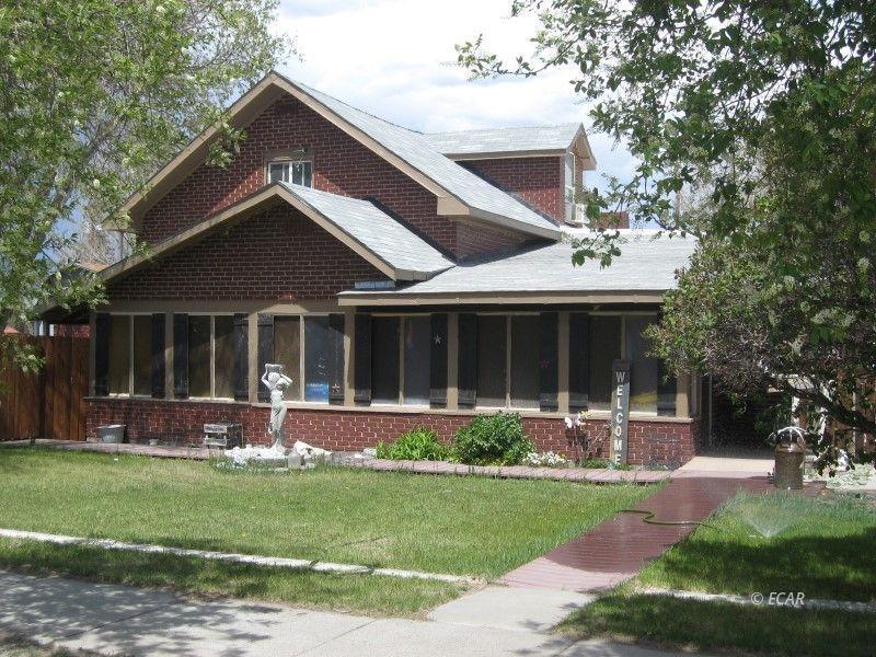271 4th Street Property Photo 1