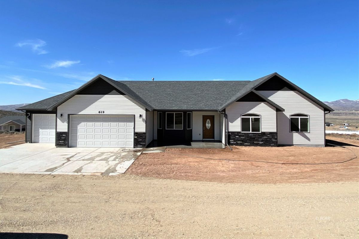 619 Glenwild Drive Property Photo - Elko, NV real estate listing