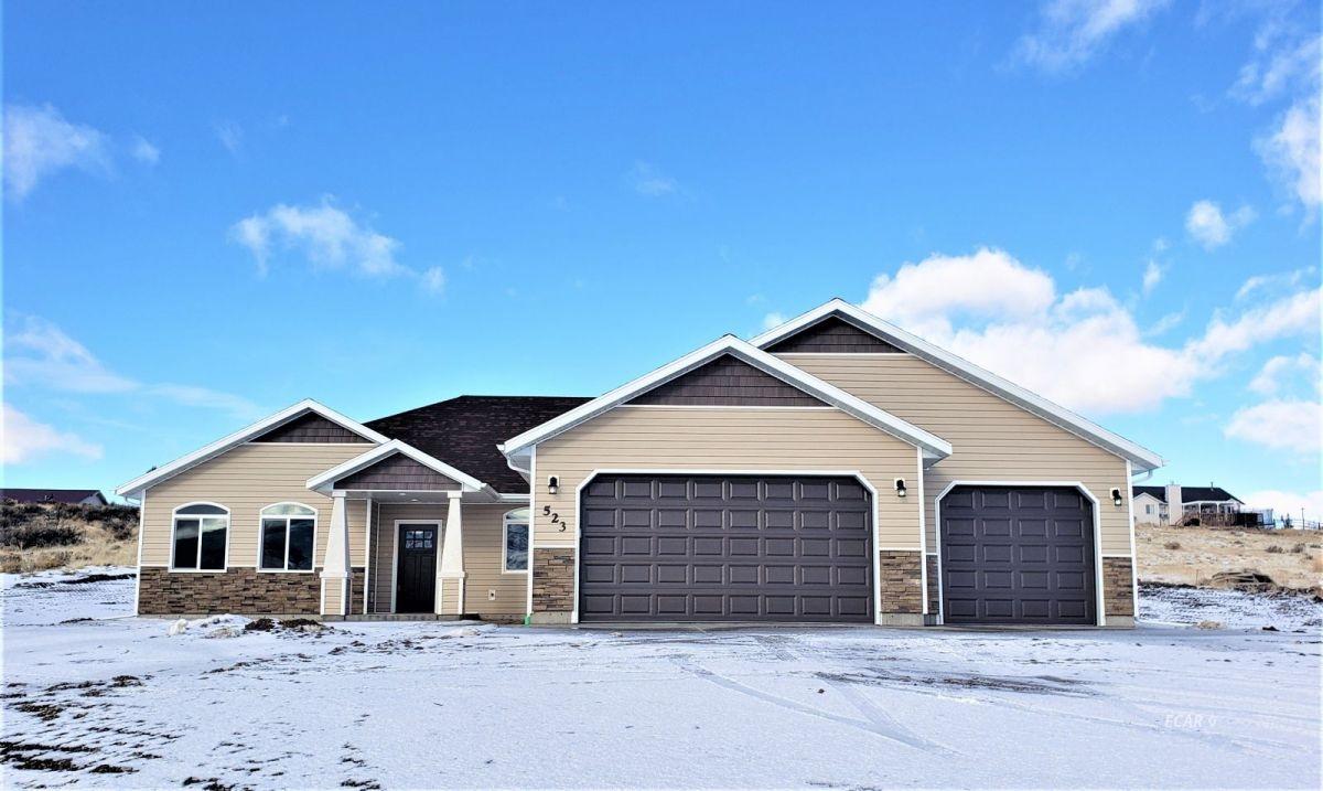 422 Stageline Loop Property Photo - Elko, NV real estate listing