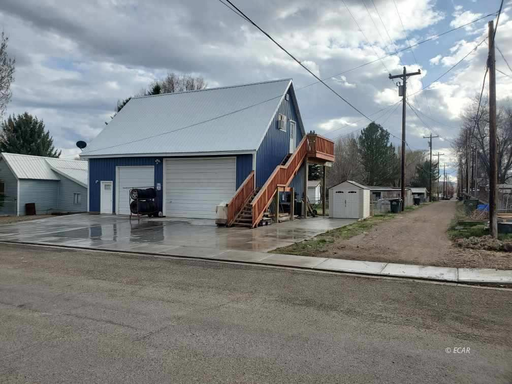 324 Hamilton Street Property Photo - Carlin, NV real estate listing