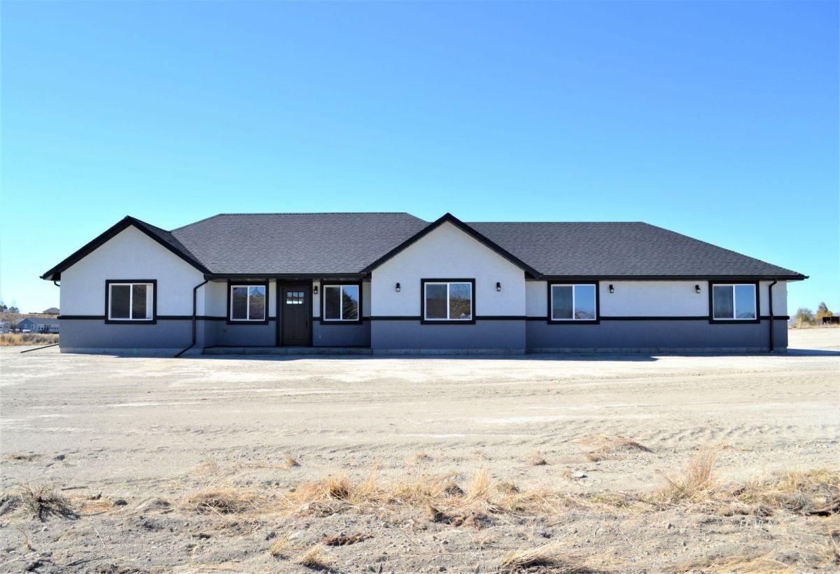 447 Rawlings Drive Property Photo 1