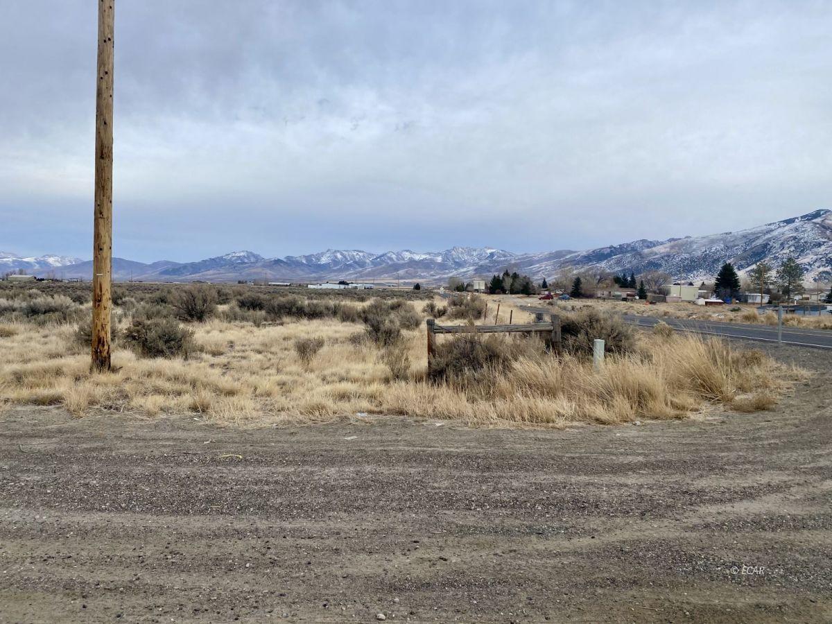 2528 N Pleasant Valley Road Property Photo 2