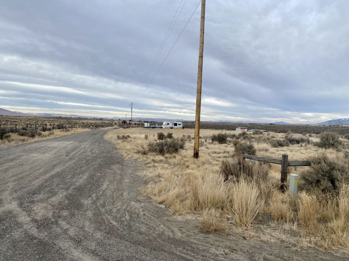 2528 N Pleasant Valley Road Property Photo 5