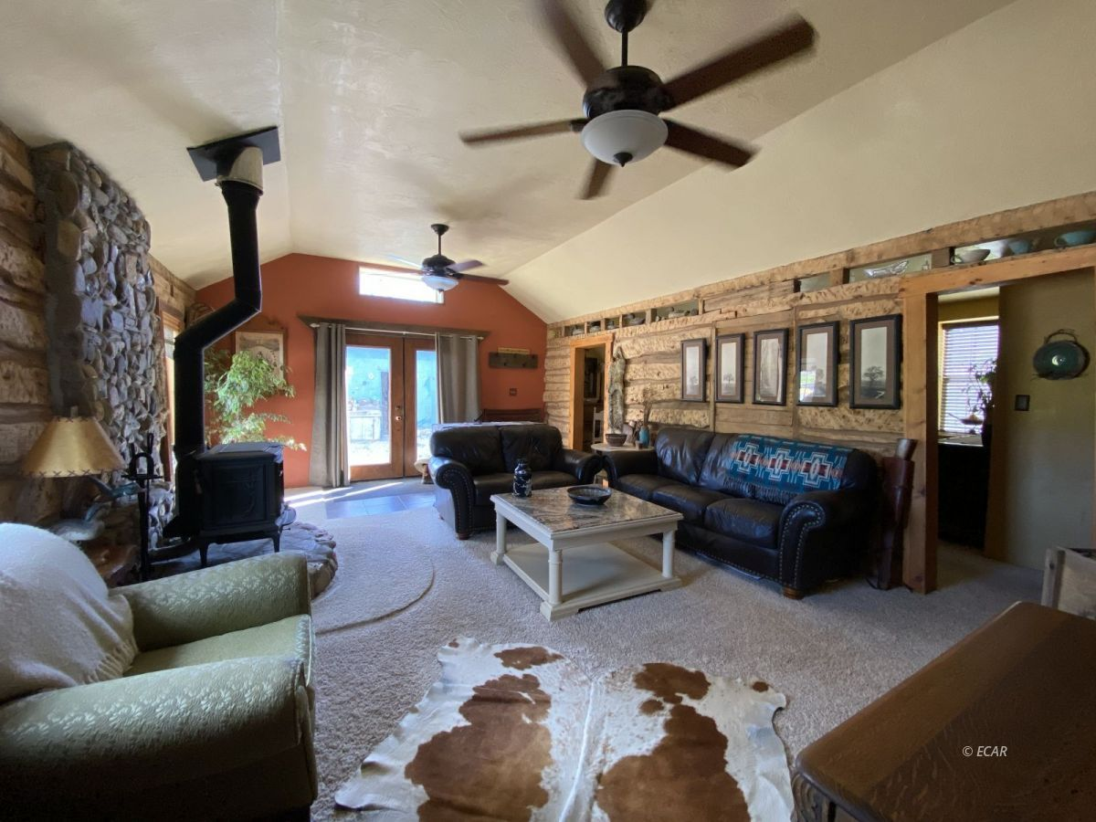 10977 Austin Road Property Photo 9