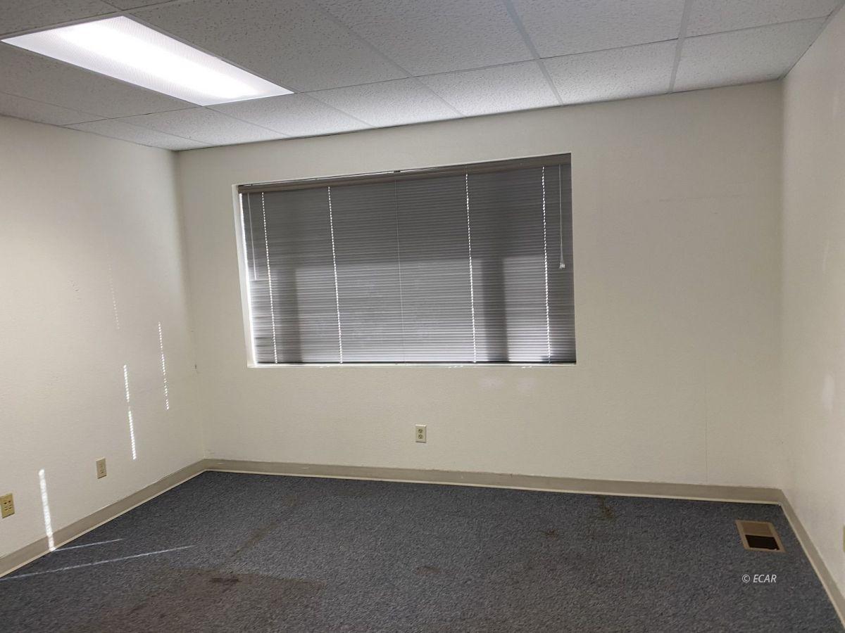 247 Bluffs Avenue 101 Property Photo 7