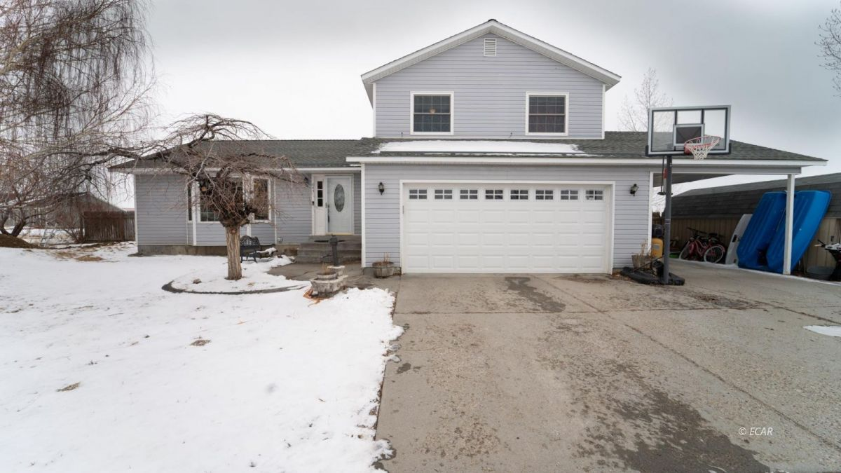 643 Willington Drive Property Photo