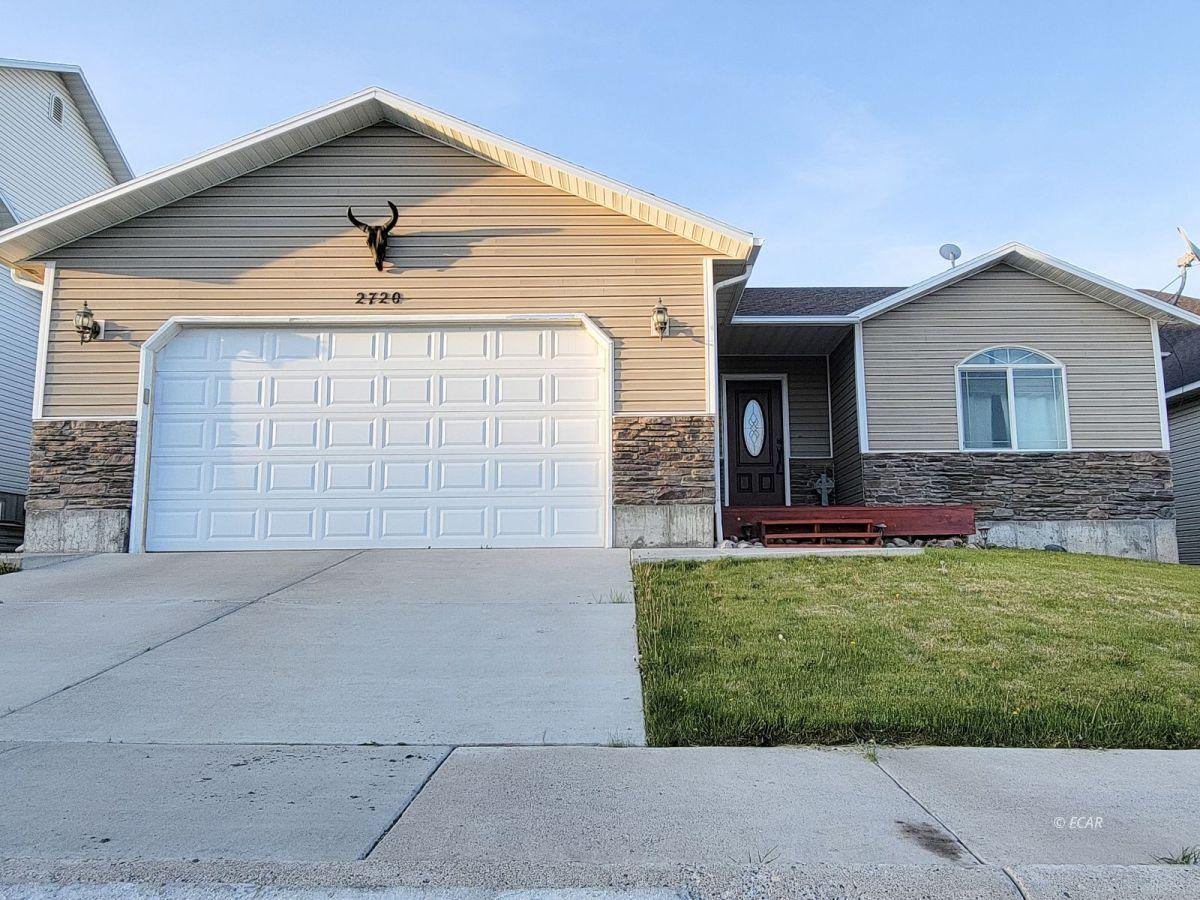 2720 Sunnyside Avenue Property Photo