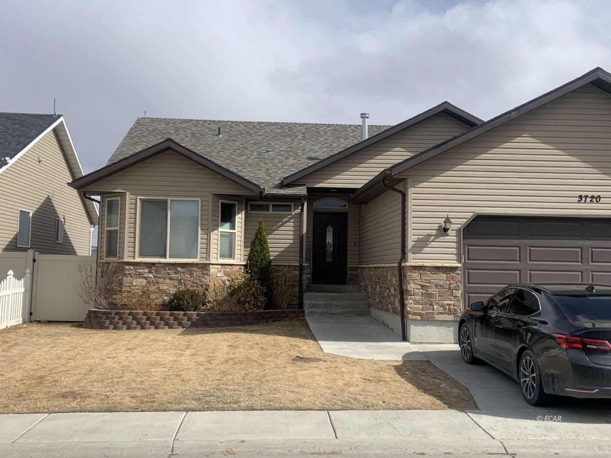 3720 Enfield Avenue Property Photo - Elko, NV real estate listing