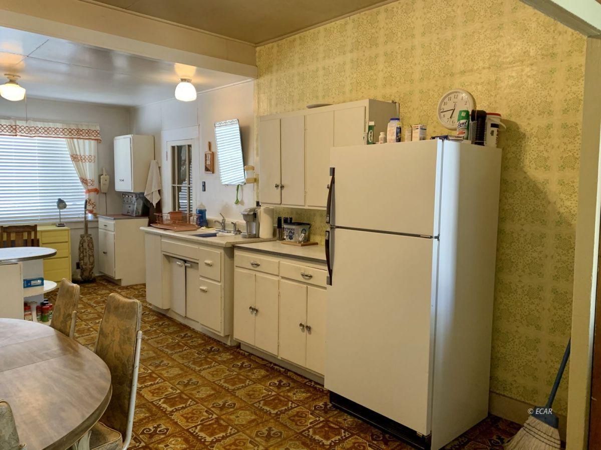 21 N Adams Street Property Photo 5