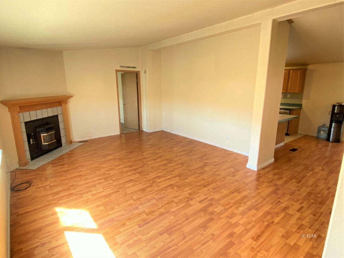 460 Starr Lane Property Photo 4