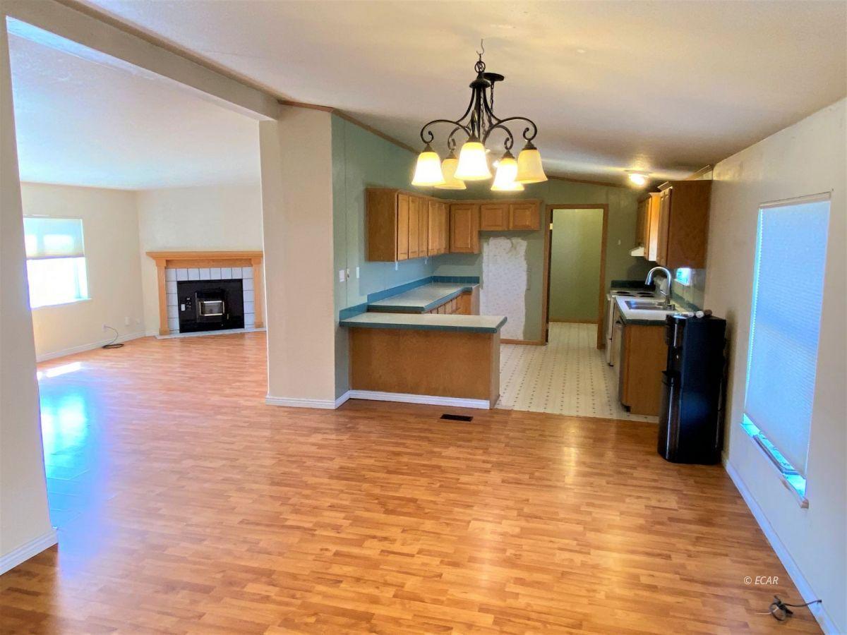 460 Starr Lane Property Photo 5
