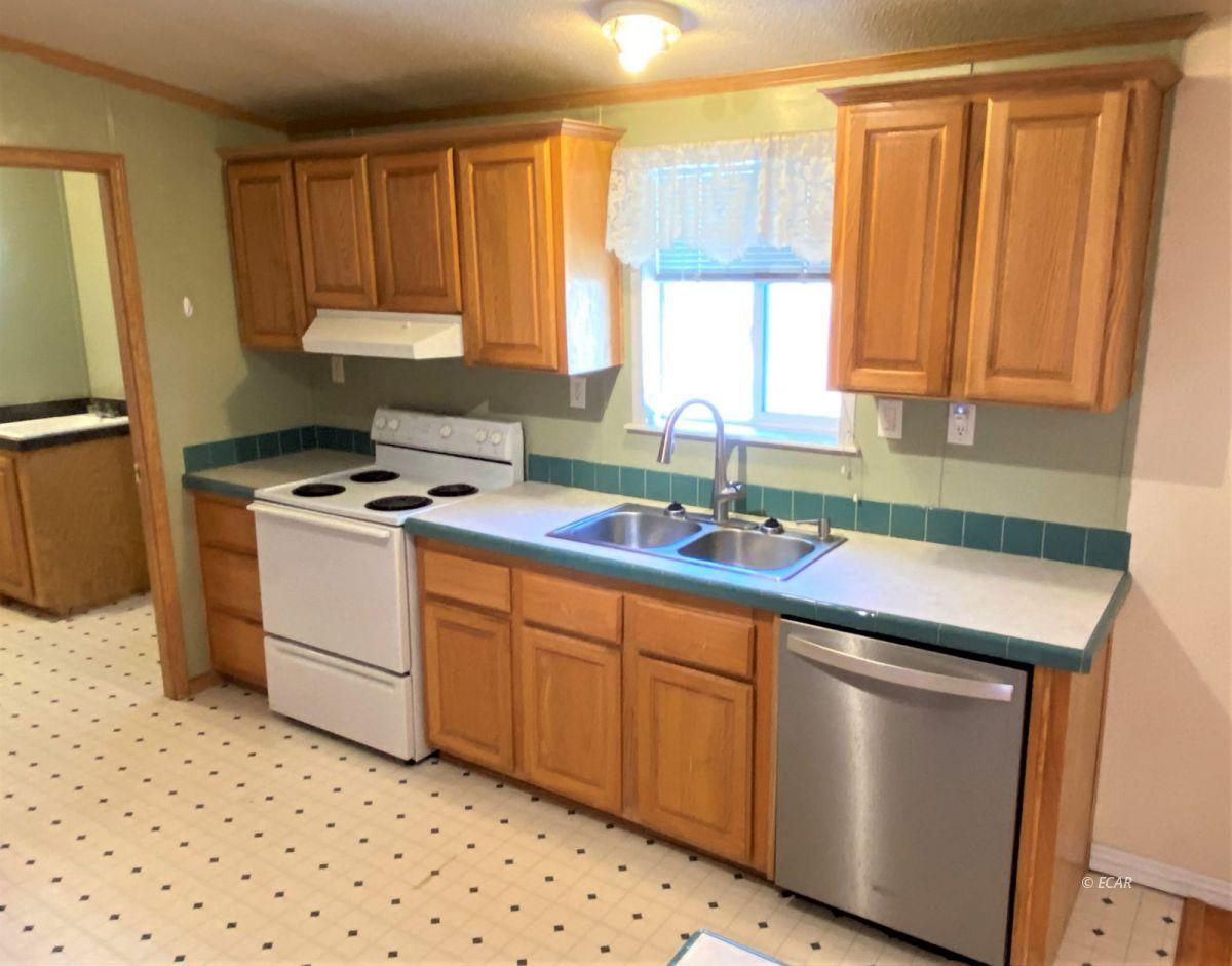 460 Starr Lane Property Photo 7
