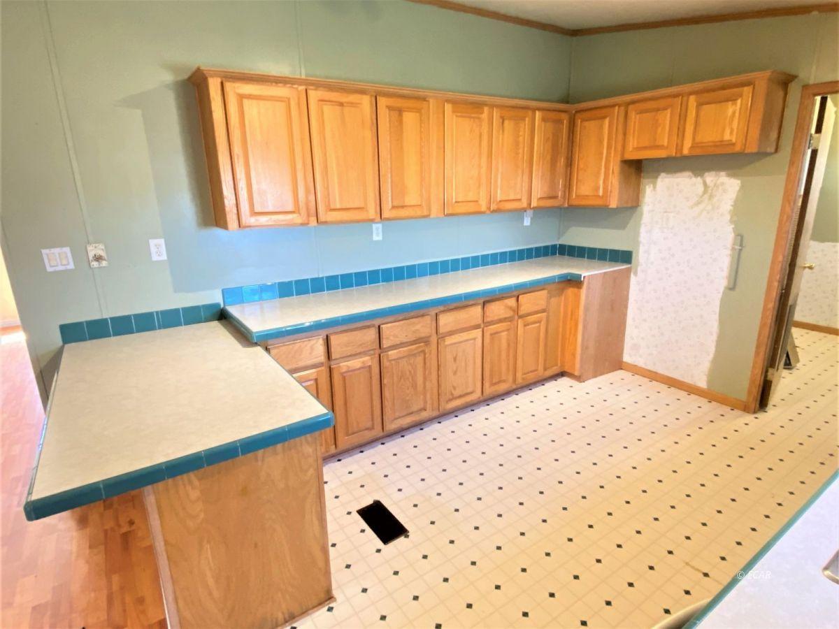 460 Starr Lane Property Photo 8