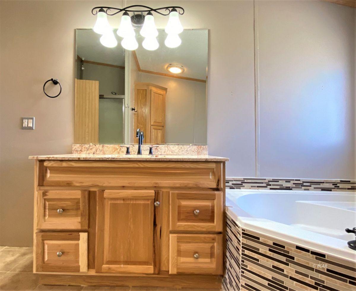460 Starr Lane Property Photo 13