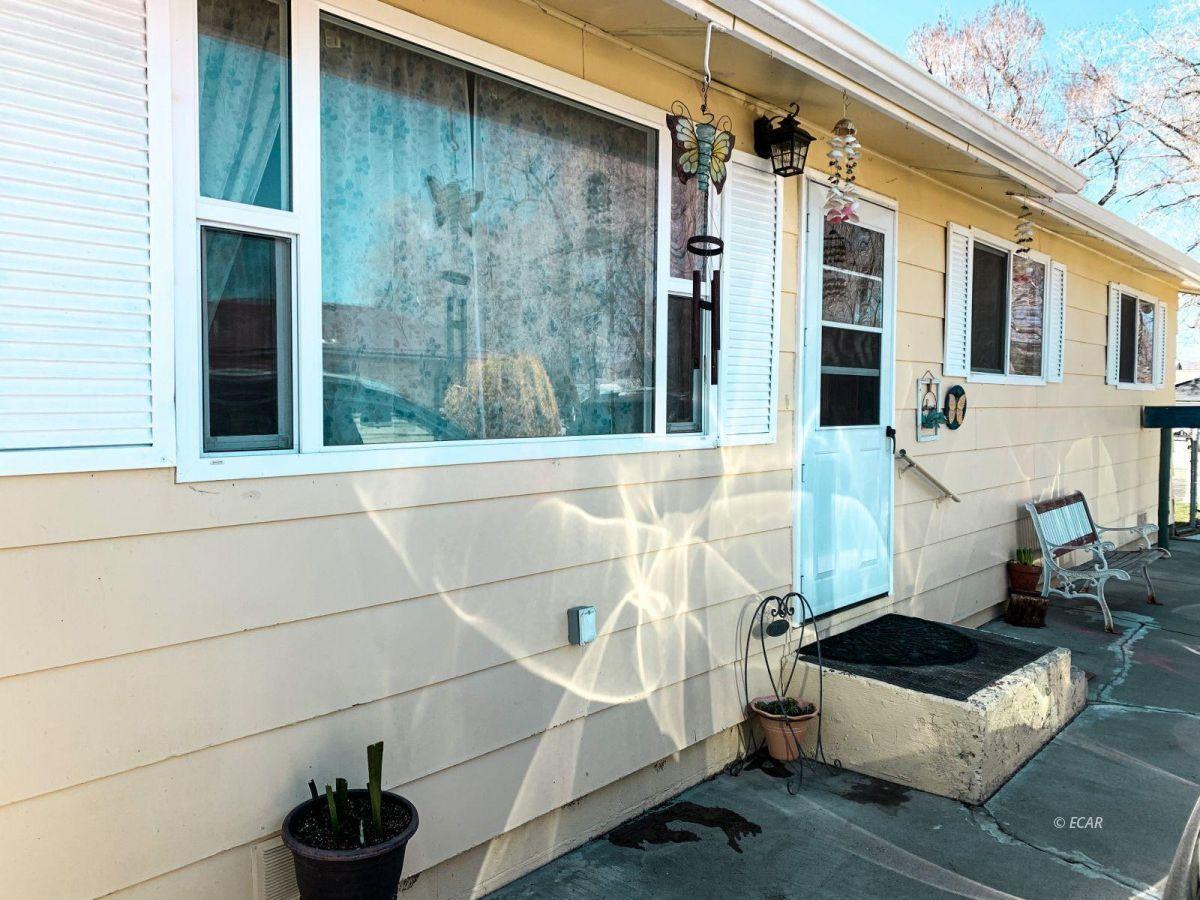 558 Wilson Avenue Property Photo 1