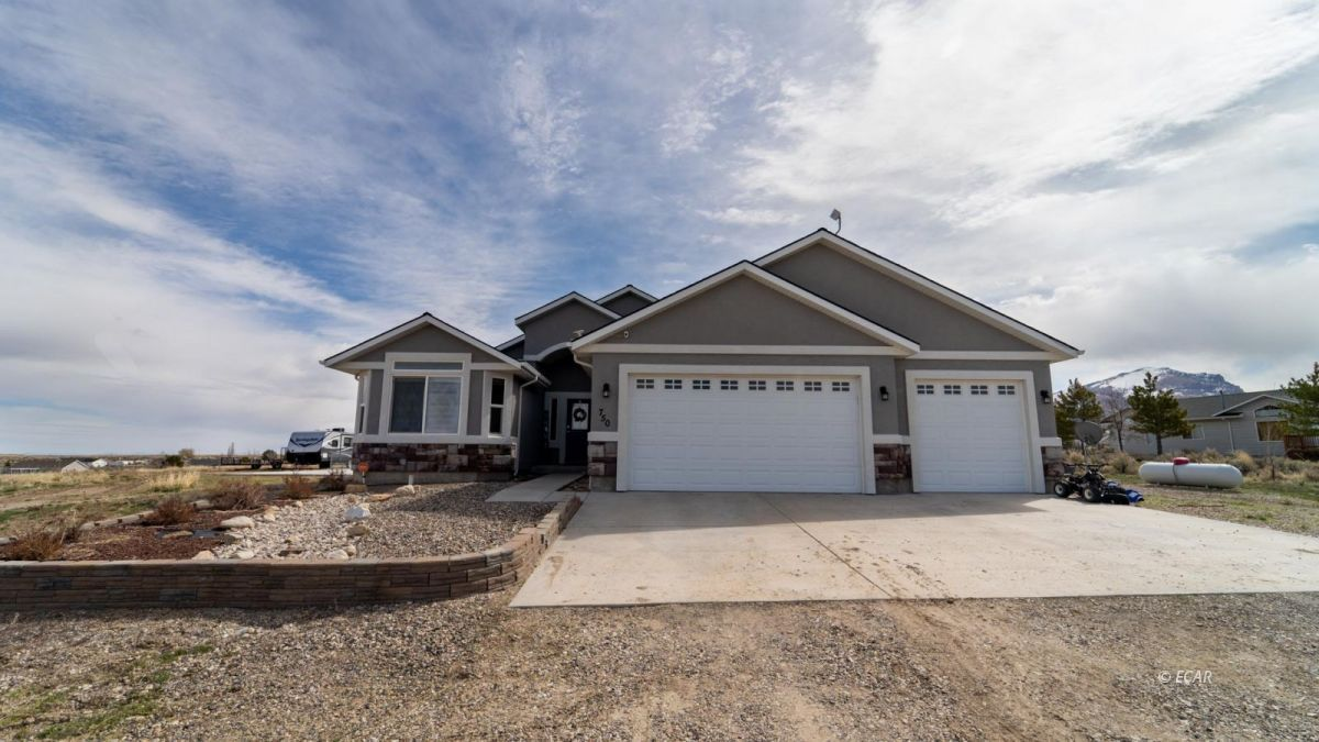 750 Aesop Drive Property Photo 1