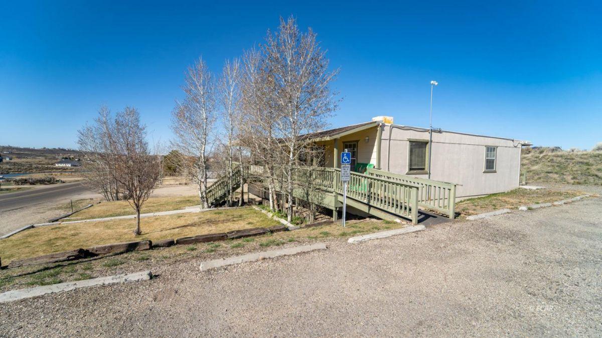 451 Spring Creek Parkway Property Photo 4