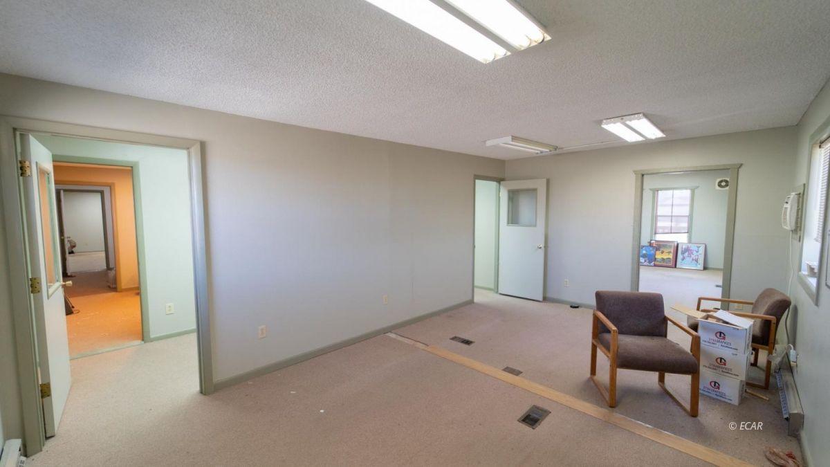 451 Spring Creek Parkway Property Photo 15
