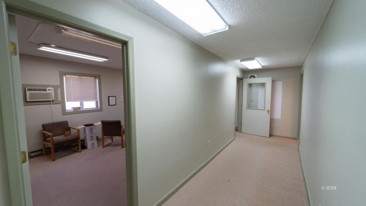 451 Spring Creek Parkway Property Photo 16