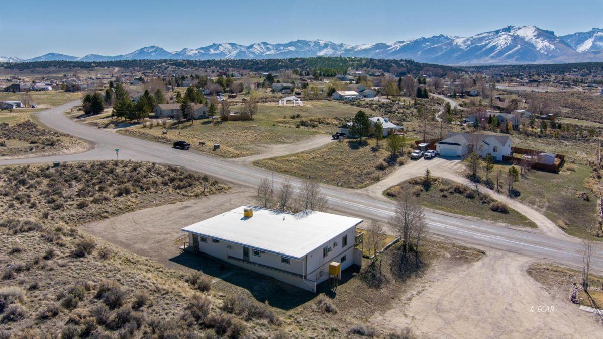 451 Spring Creek Parkway Property Photo 32