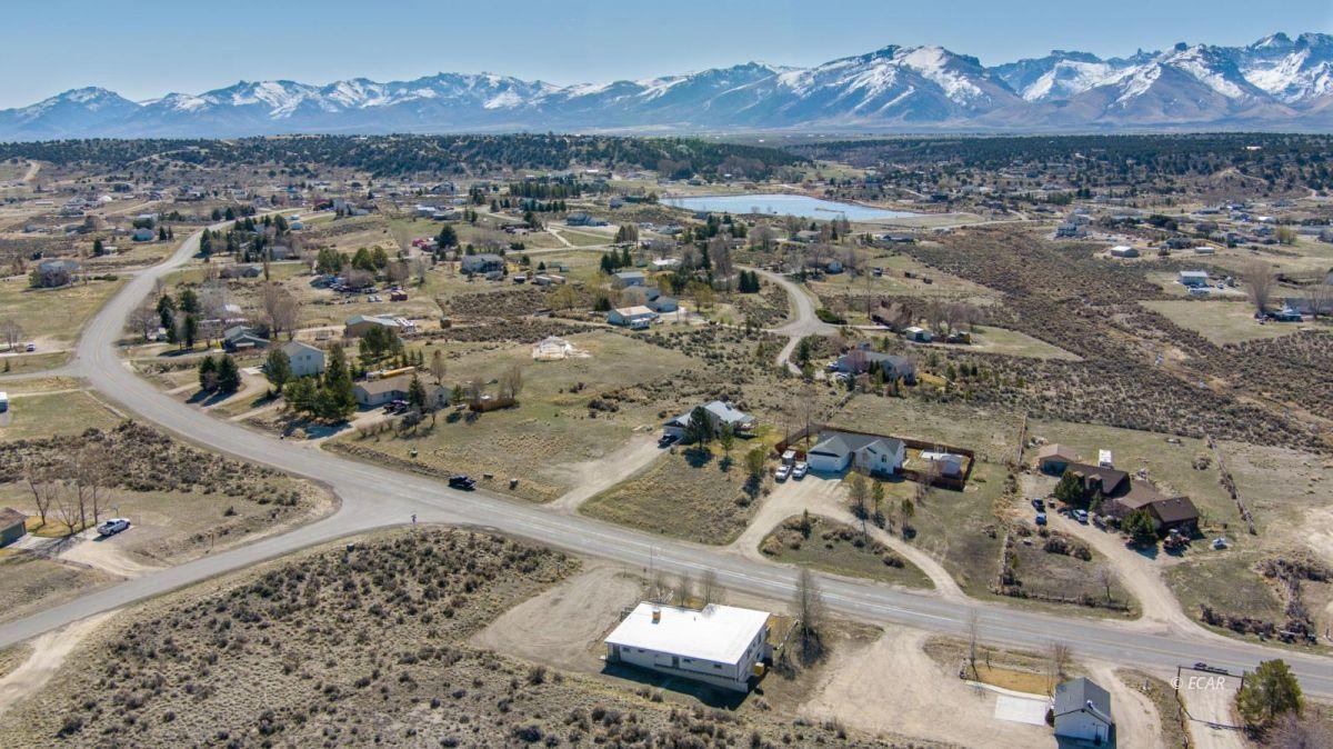 451 Spring Creek Parkway Property Photo 39