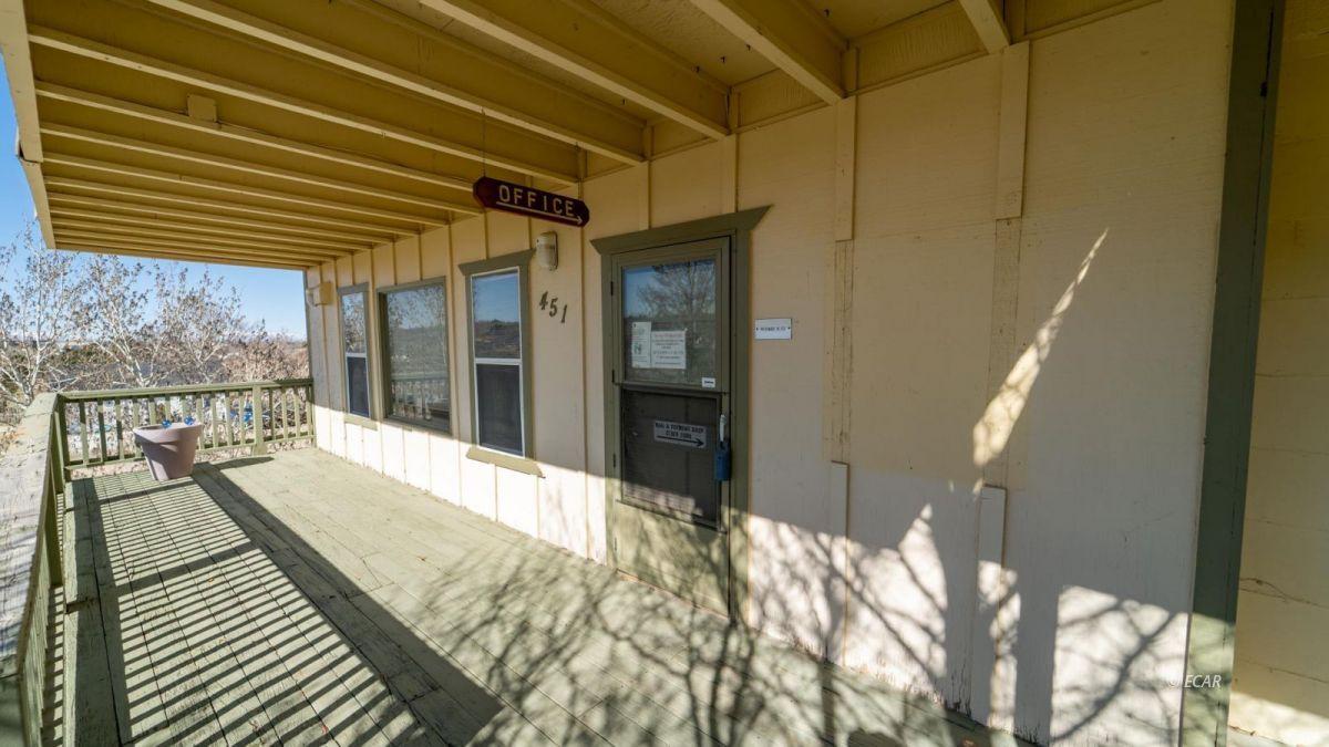 451 Spring Creek Parkway Property Photo 40