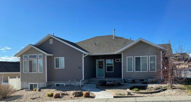 424 Cottonwood Drive Property Photo 1