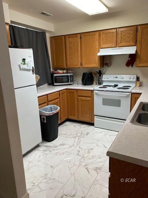 2065 Bluegrass Circle Property Photo 15