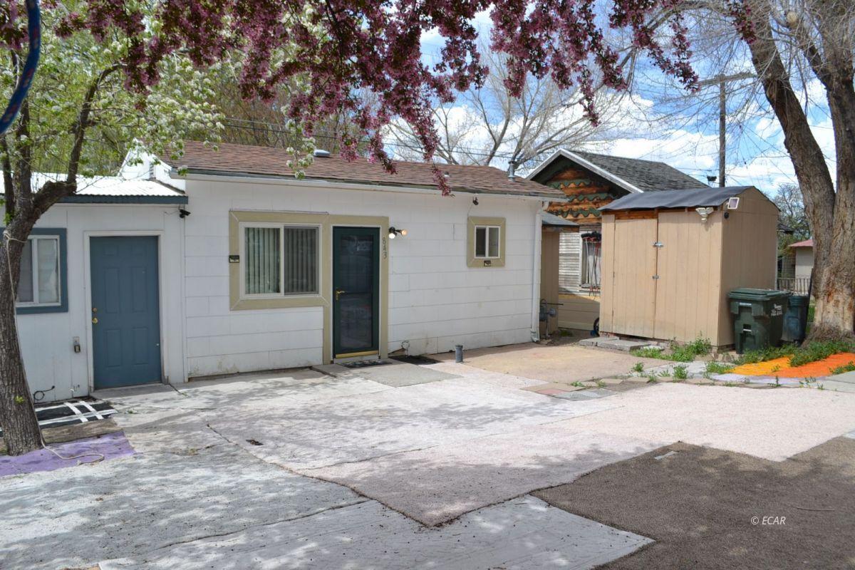843 Lincoln Avenue Property Photo 2