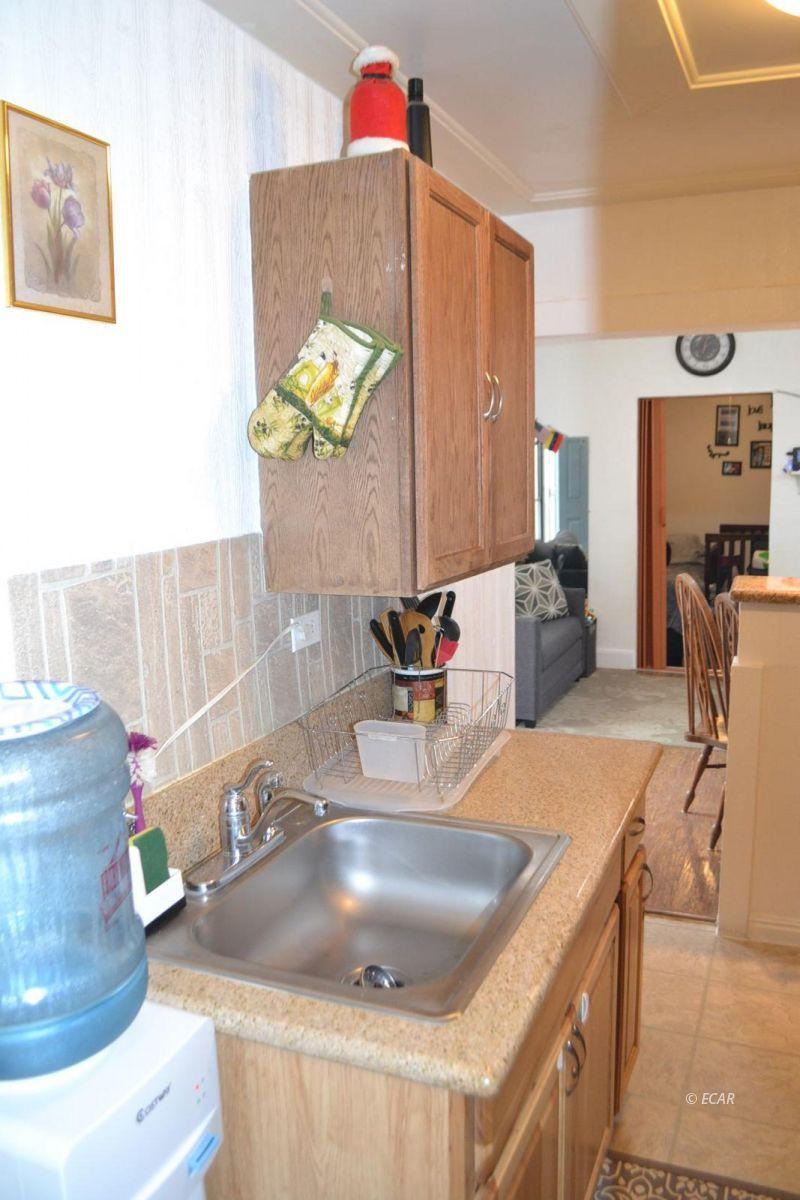 843 Lincoln Avenue Property Photo 5