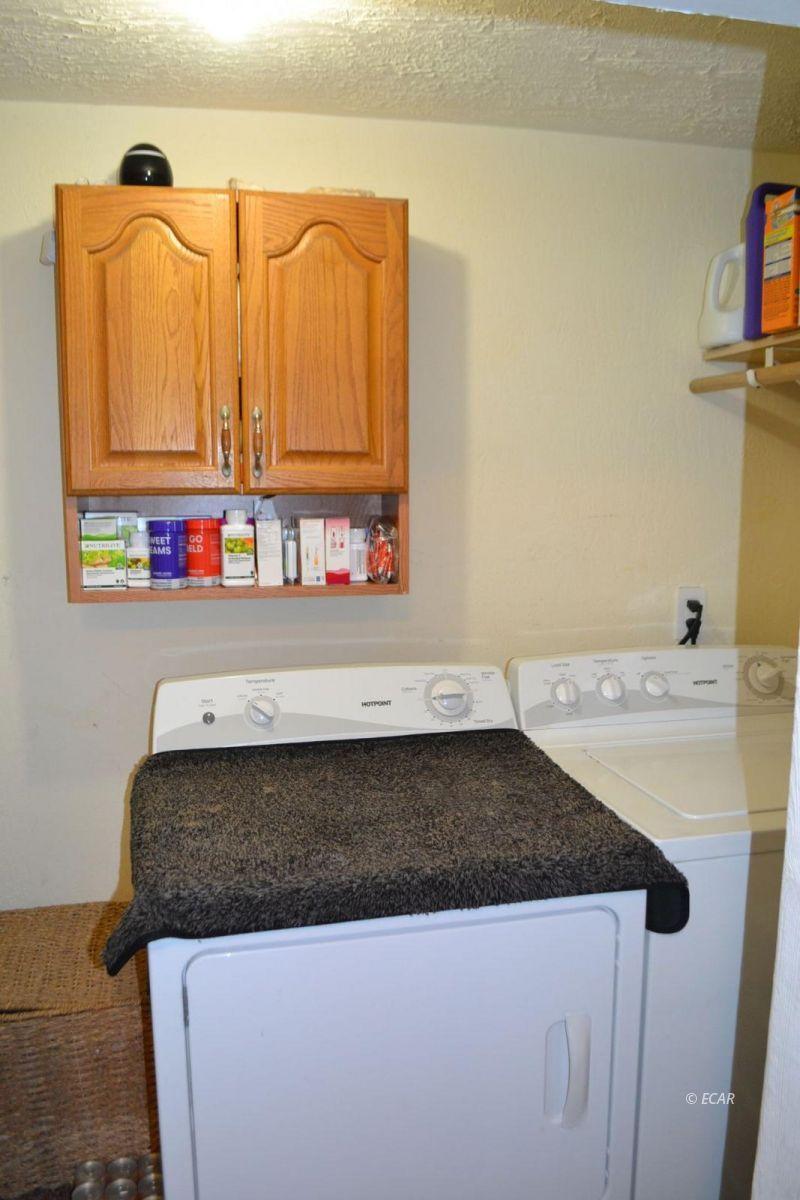 843 Lincoln Avenue Property Photo 6