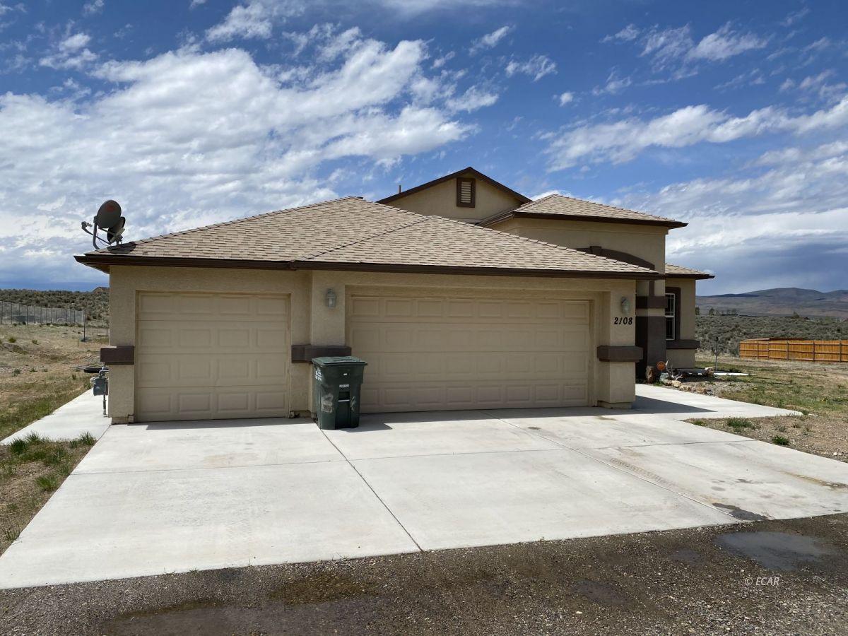 2108 Hamilton Creek Property Photo 1