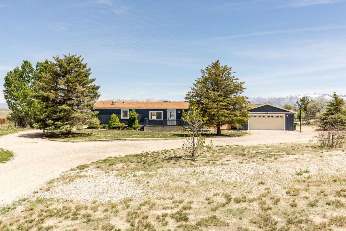843 Spring Valley Parkway Picture