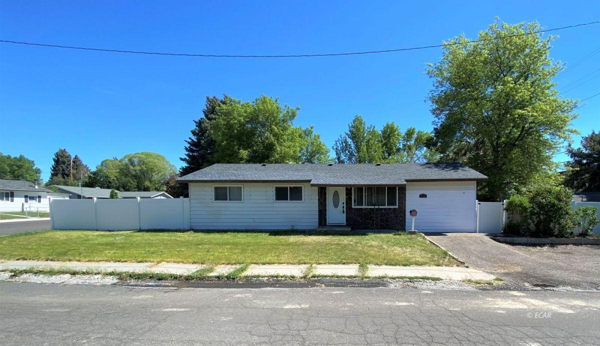 698 Boyd Drive Property Photo 1