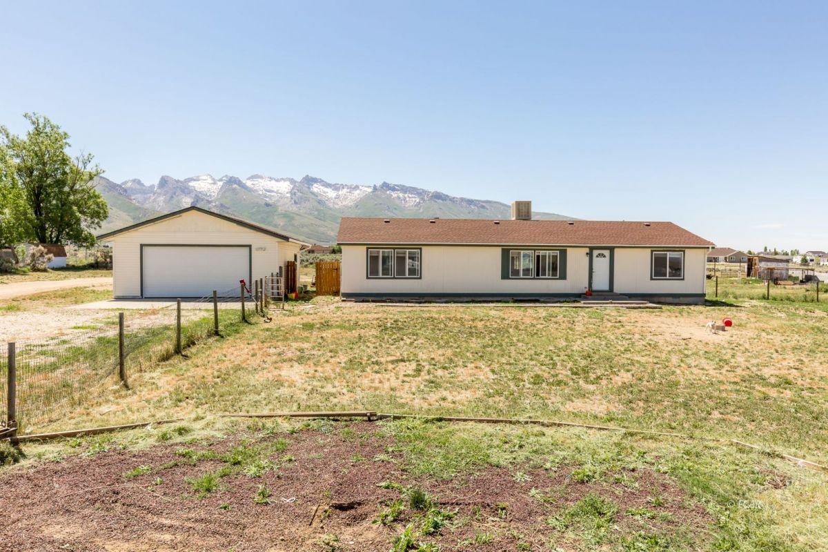641 Willington Drive Property Photo 1