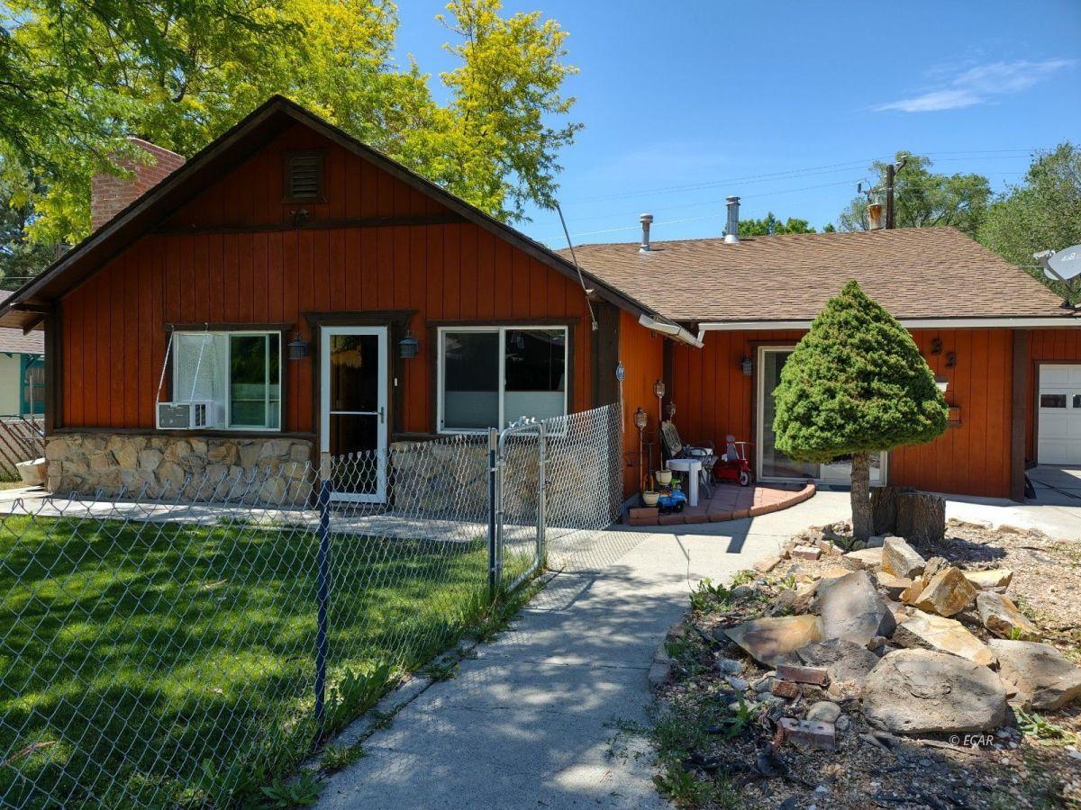 833 Lincoln Avenue Property Photo 1
