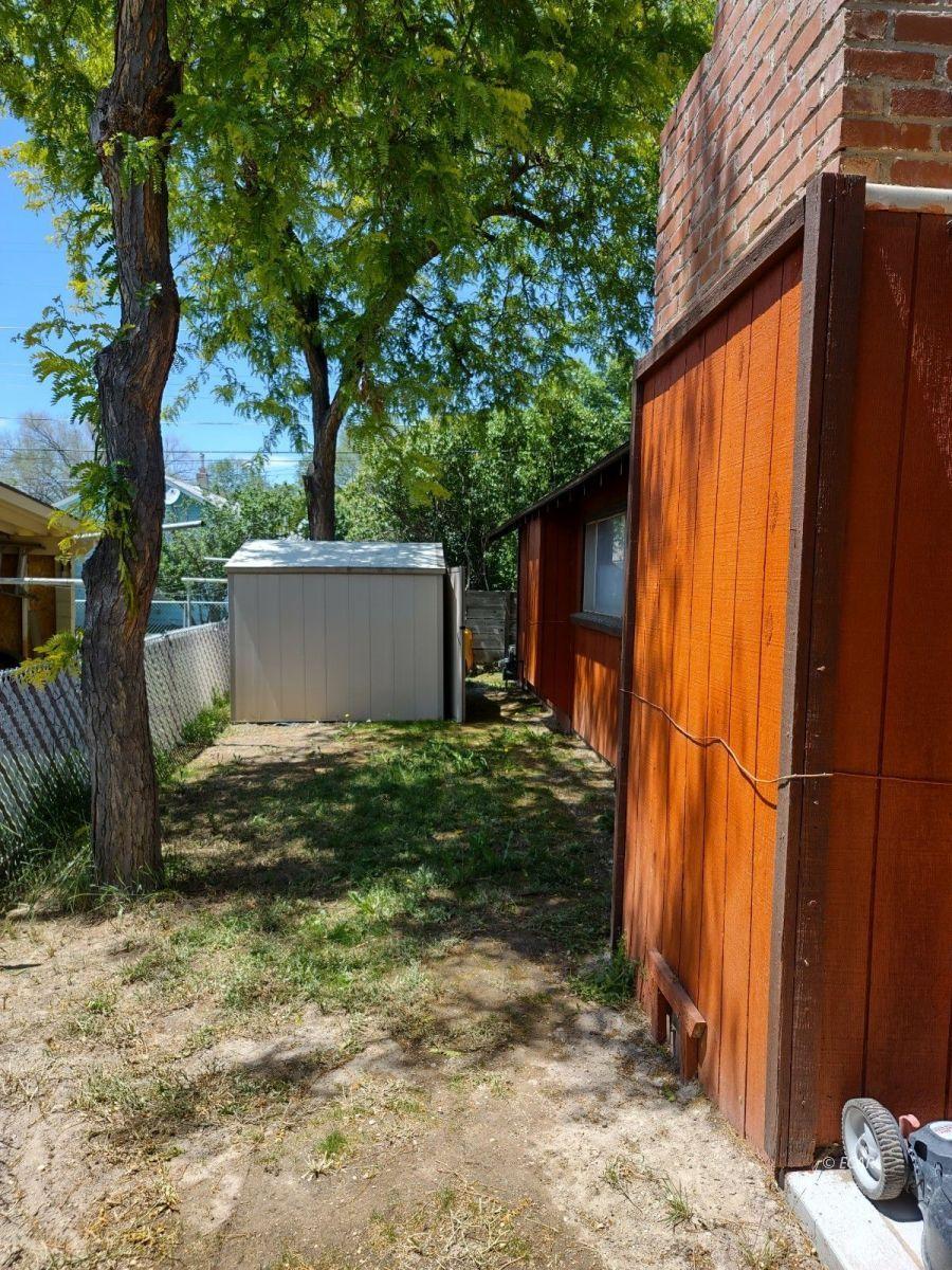 833 Lincoln Avenue Property Photo 3