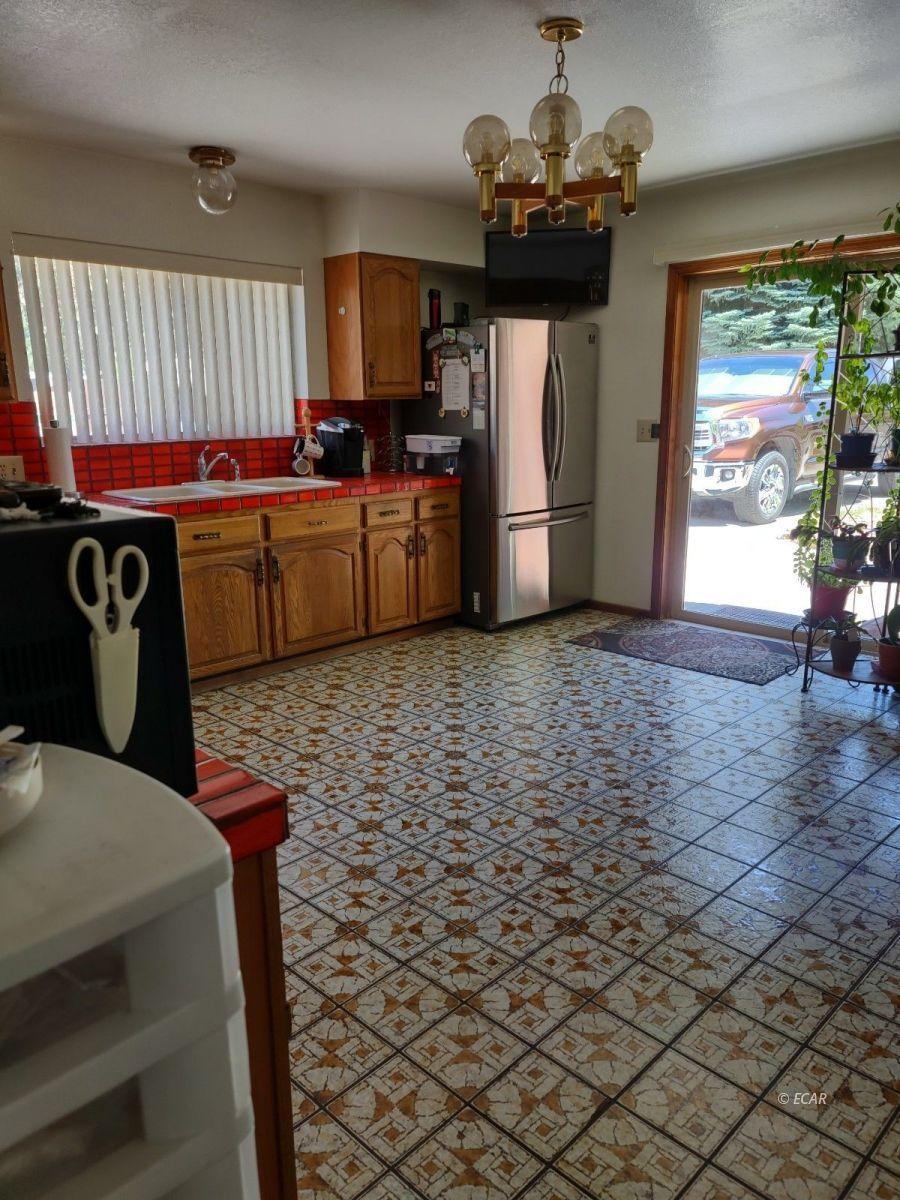 833 Lincoln Avenue Property Photo 12