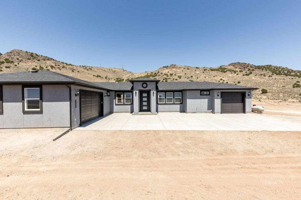 979 Karval Drive Property Photo 1