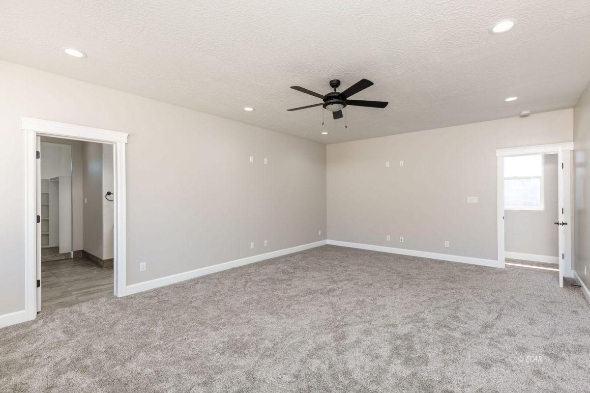 979 Karval Drive Property Photo 20
