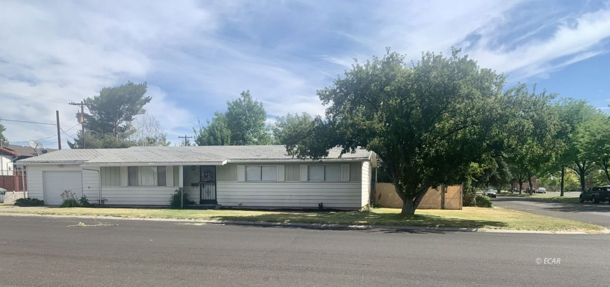 1332 8th Street Property Photo 1