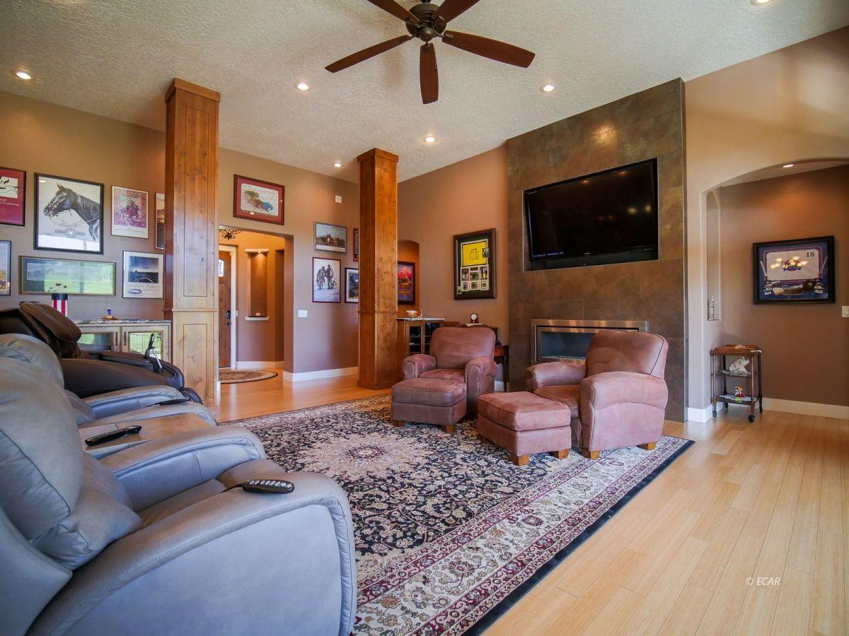 115 Woods Court Property Photo 12