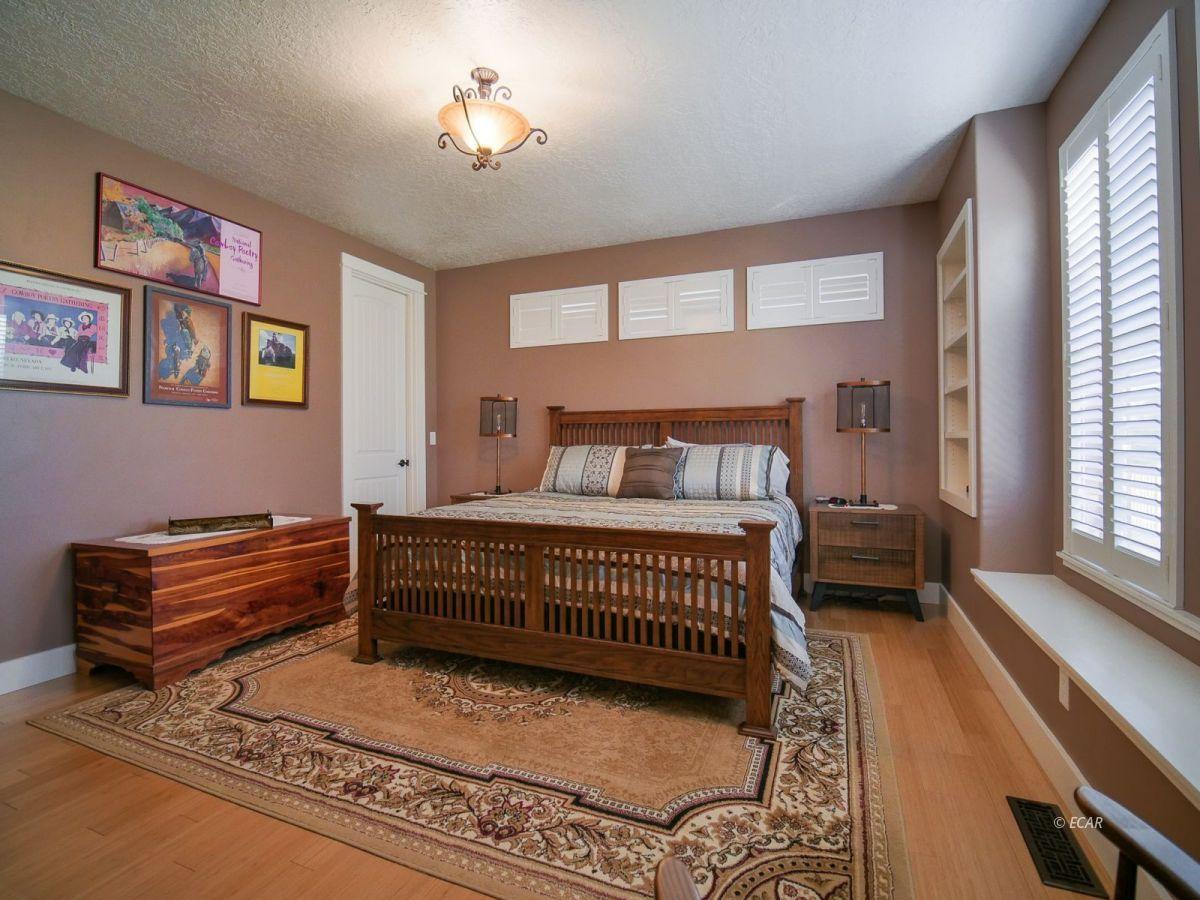 115 Woods Court Property Photo 22