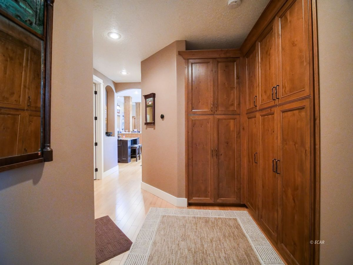 115 Woods Court Property Photo 29