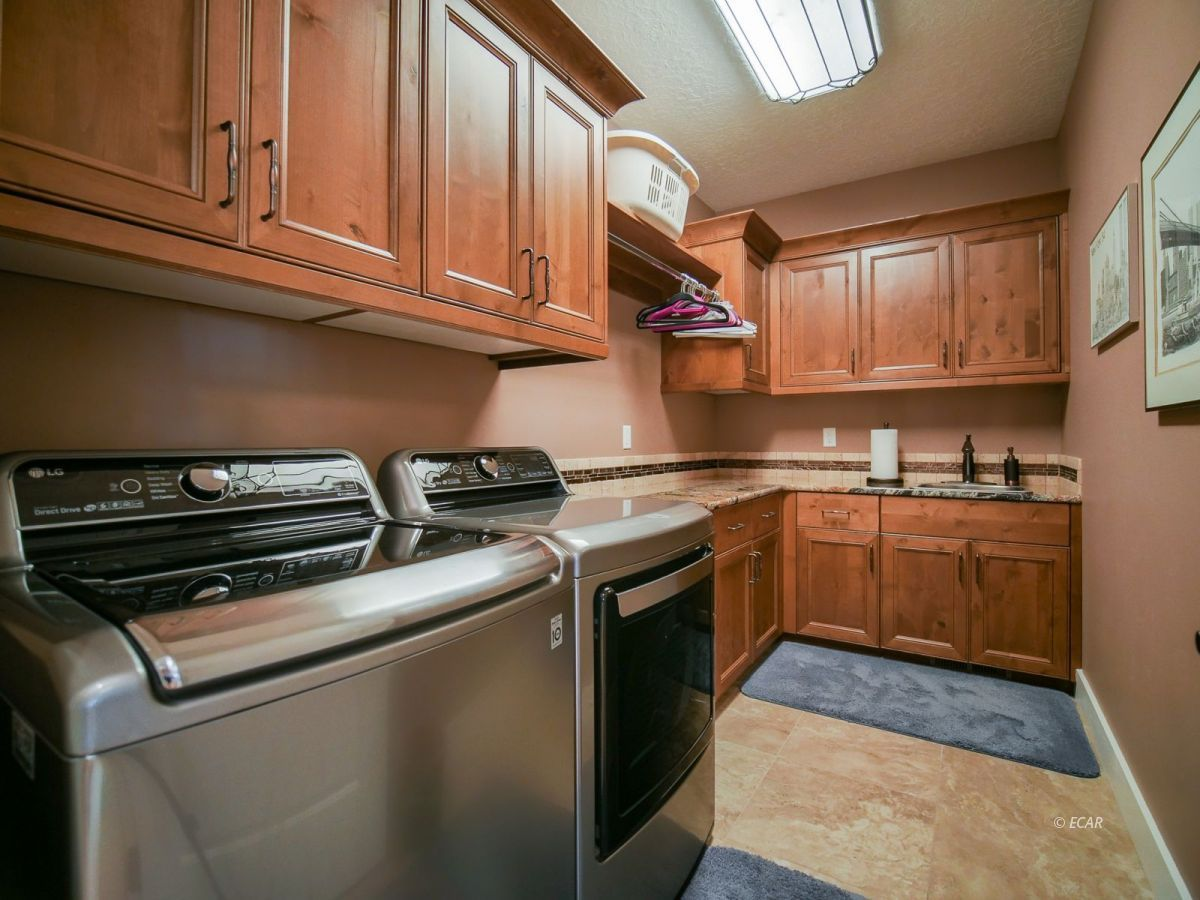 115 Woods Court Property Photo 30