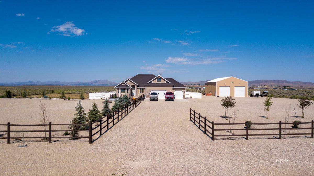 601 Diamondback Drive Property Photo 1
