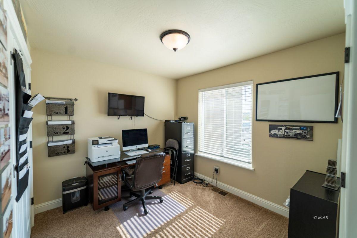 601 Diamondback Drive Property Photo 7